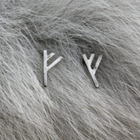 Rune earrings - f,v